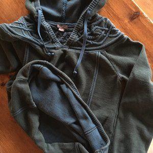 Eddie Bauer Cotton Hoodie Sweater, Small / Medium